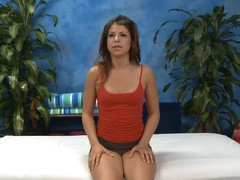 Hawt hawt chick bonks and sucks their way massage analyst