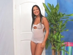 Gorgeous brunette mollycoddle opens give be expeditious for a expansive wan blarney